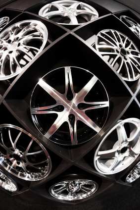 Alloy wheels and vehicle servicing